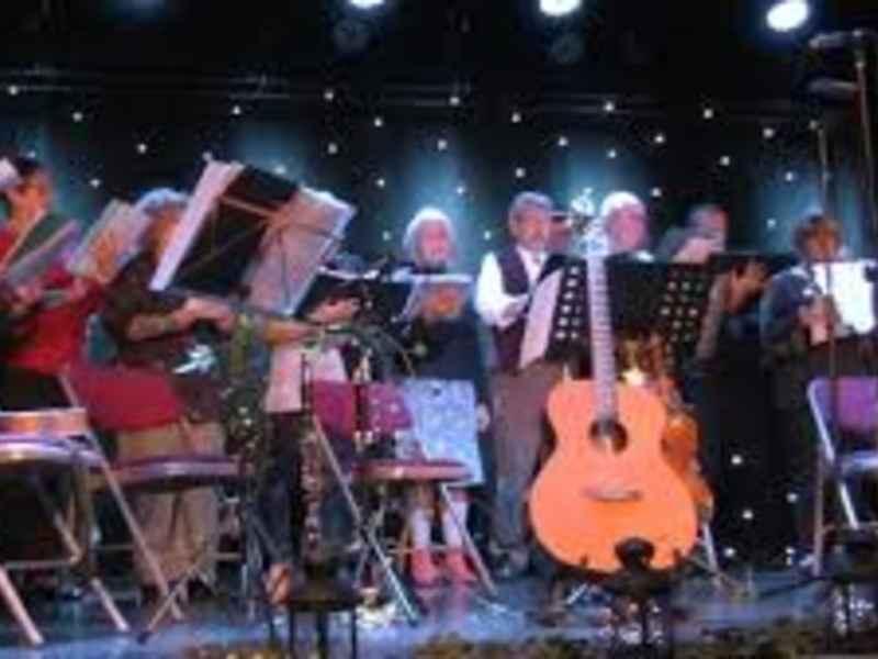 Roots Community Singers